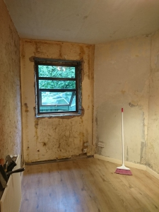 02.-bedroom-1-false-wall-removed-3