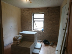 02.-b2-fake-wall-and-old-plaster-removed-1