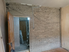 02.-b2-fake-wall-and-old-plaster-removed-2