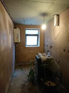 11.-k-renovario-boards-to-external-wall-skim-coat-plaster-to-walls