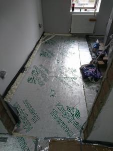 12.-lr-dpm-and-30mm-floor-insulation-2