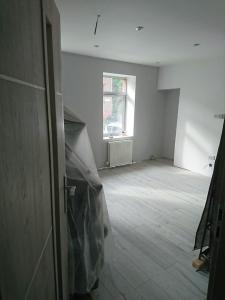 12.-lr-dpm-and-30mm-floor-insulation-3