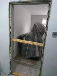13.-lr-door-installation-2