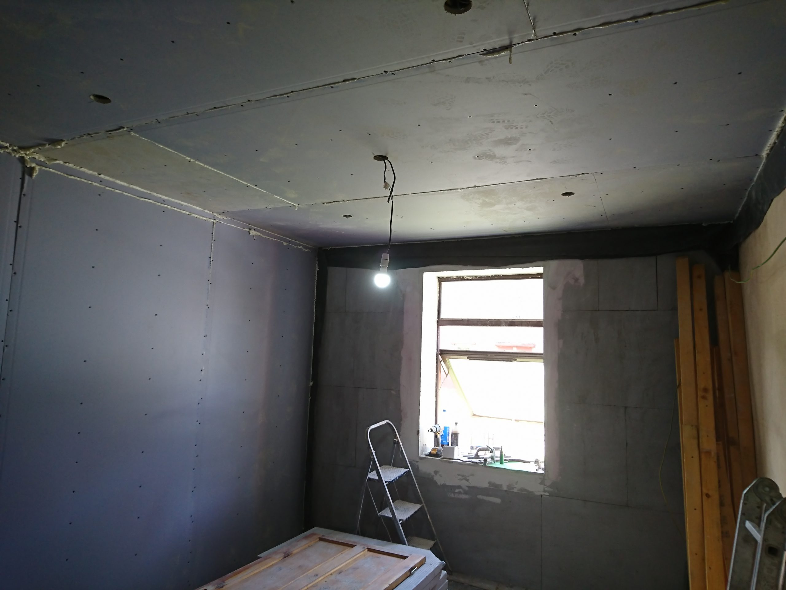 insulation-installation-Edinburgh-house-rendering-Edinburgh